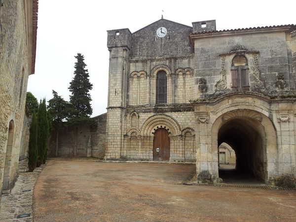 De abdij van Bassac in de Charente, Frankrijk